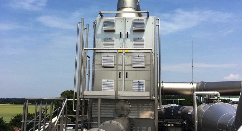 UV-C Ozone Purification System for Hot Industrial Exhaust